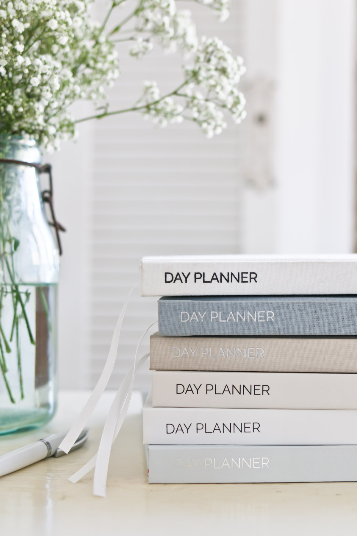 Beautiful covers in the TIDBITS Day Planner